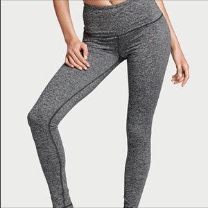 🎁SALE🎁 Victoria's Secret Knockout Tight Leggings